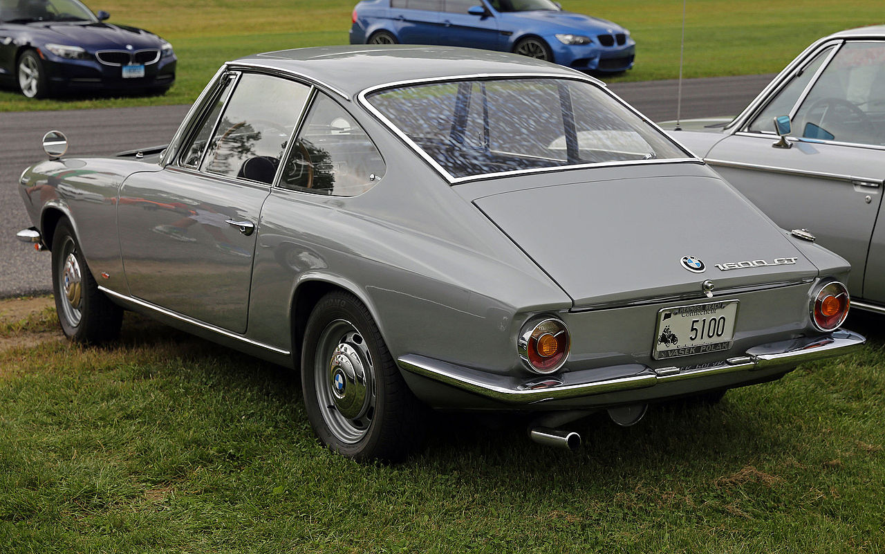 file 1967 bmw 1600 gt coup rear lime rock jpg wikimedia commons. Black Bedroom Furniture Sets. Home Design Ideas
