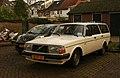 1981 Volvo 240 GL Estate (8794827481).jpg