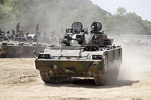 2014.5.20 육군 수도기계화보병사단 K-21 장갑차 전투사격훈련 K-21 combat firing practice, Republic of Korea Army Capital Mechanized Infantry Division (14299828042).jpg