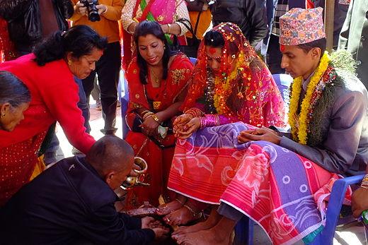 ネパール 王族 殺害 事件