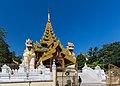 2016 Rangun, Pagoda Szwedagon (003).jpg