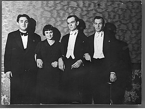 Lance Dossor - Lance Dossor (far right), February 1937