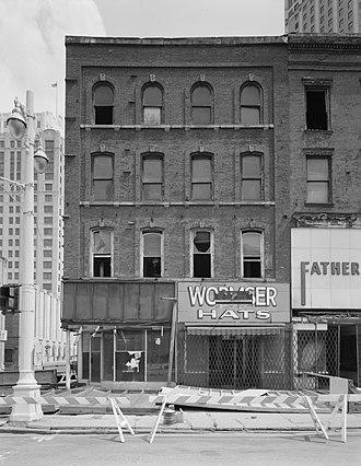 Monroe Avenue Commercial Buildings - 74-78 Monroe, Monroe elevation, 1989