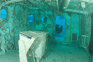 USS Spiegel Grove (LSD-32) - Image: 7777 aquaimages