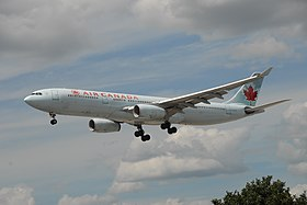 ASJ Air Canada - Airbus A330-343X - C-GFUR - 934 - Flight ACA142 YVR - YYZ (9446048711).jpg