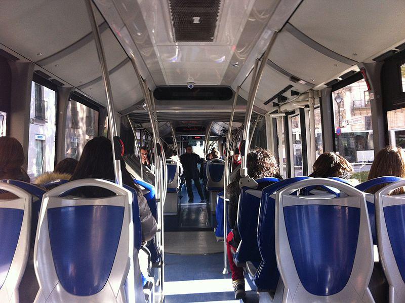 Archivo auvasa interior de un autob s urbano en - Spa urbano valladolid ...