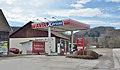 AVIA petrol station, Laaben.jpg