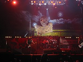 Iron Maiden in concert in Parijs
