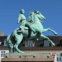 Equestrian Statue Of Absalon Wikipedia