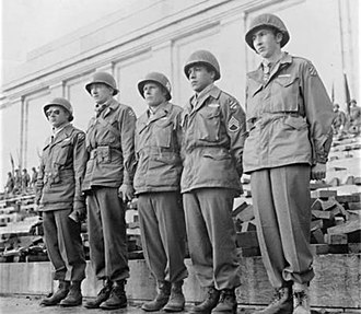 Lucian Adams - 3rd Division soldiers receiving the medal of Honor, Adams second from right