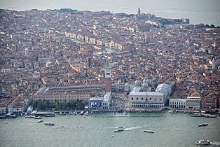 Aerial photographs of Venice 2013, Anton Nossik, 045.jpg