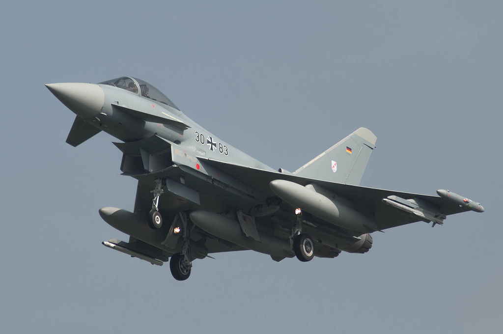 1024px-Aircraft_3083_%288489115997%29.jpg