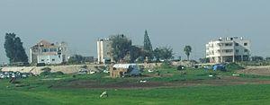 Al-'Azi - al-'Azi as seen from Highway 6