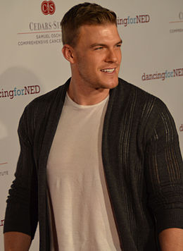 Alan Ritchson (cropped).jpg