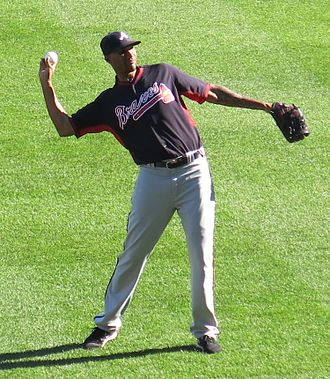 Alexi Ogando - Ogando with the Braves in 2016
