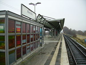 Allermöhe - Platform of the Allermöhe station in February 2009.