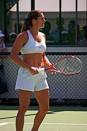 Amélie Mauresmo - Mauresmo at the 2005 Australian Open