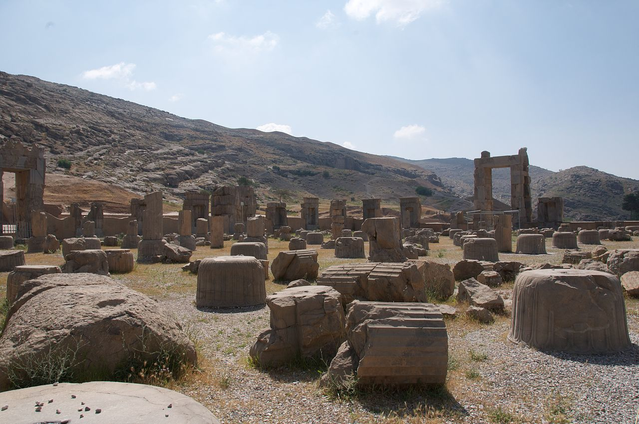 Amid the Ruins of Persepolis, Iran (4679289758).jpg