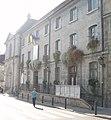 Ancien couvent des Ursulines, actuel Hôtel de Ville et tribunal.jpg