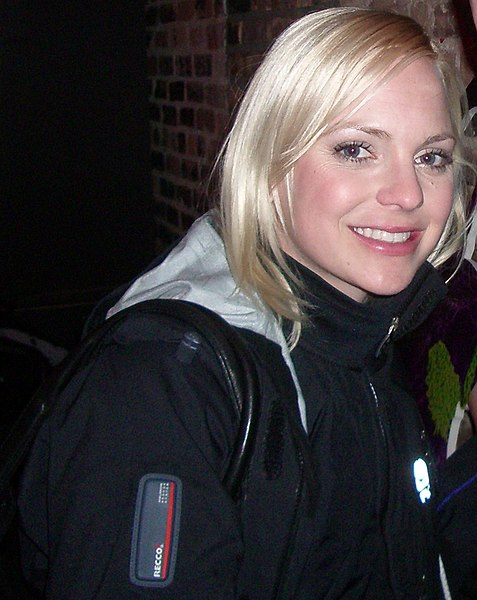 anna faris house bunny pictures. Anna Faris. Wiki has her on