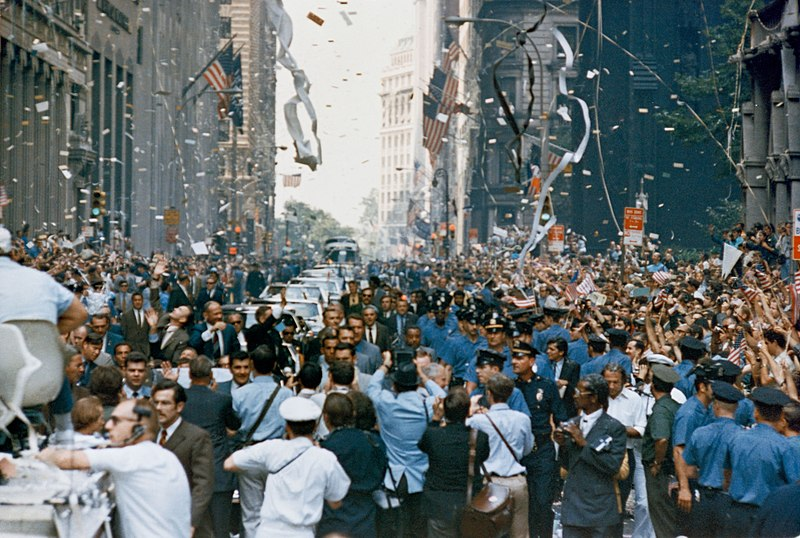Apollo 11 ticker tape parade 2.jpg