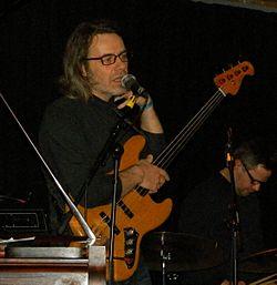 Arnold Ludvig 2015.JPG