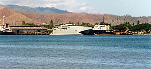 HMAS Jervis Bay (AKR 45) - HMAS Jervis Bay in Dili in October 1999