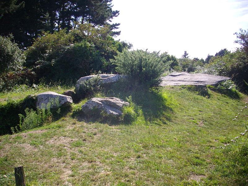 Graniol dolmen in Arzon (Morbihan, France)