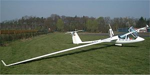 Glider (sailplane) - ASH25M—a self-launching two-seater glider