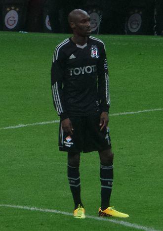 Atiba Hutchinson - Hutchinson with Beşiktaş in 2014