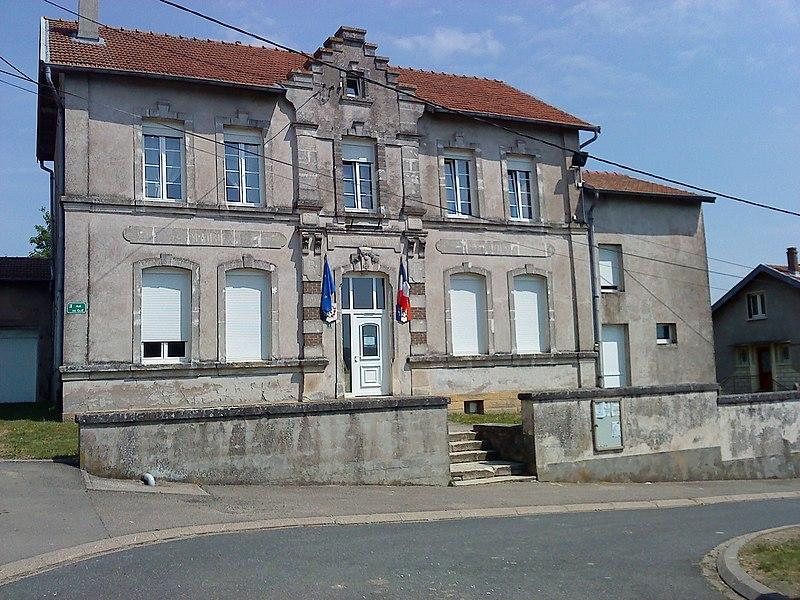 La mairie de Attilloncourt, commune du département de la Moselle et la région Lorraine.