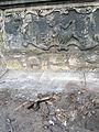 Aushub per Bagger 1m Alter St. Nikolai-Friedhof Nikolaikapelle Hannover, 08 Grabmal mit Gebeinen, 1.JPG