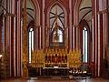 Bad Doberan, Münster, Blick in den Chor mit Hochaltarretabel und Sakramentsturm 10.jpg