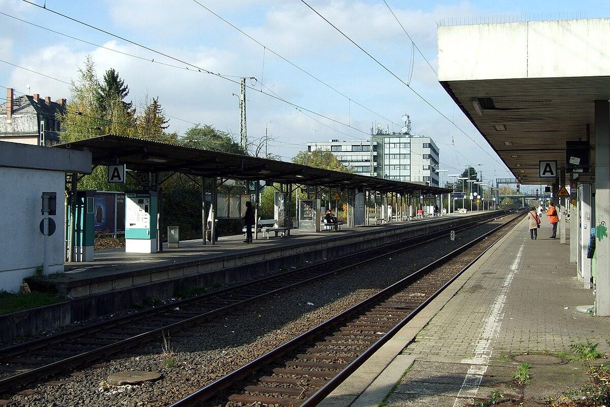 frankfurt r delheim station wikipedia. Black Bedroom Furniture Sets. Home Design Ideas
