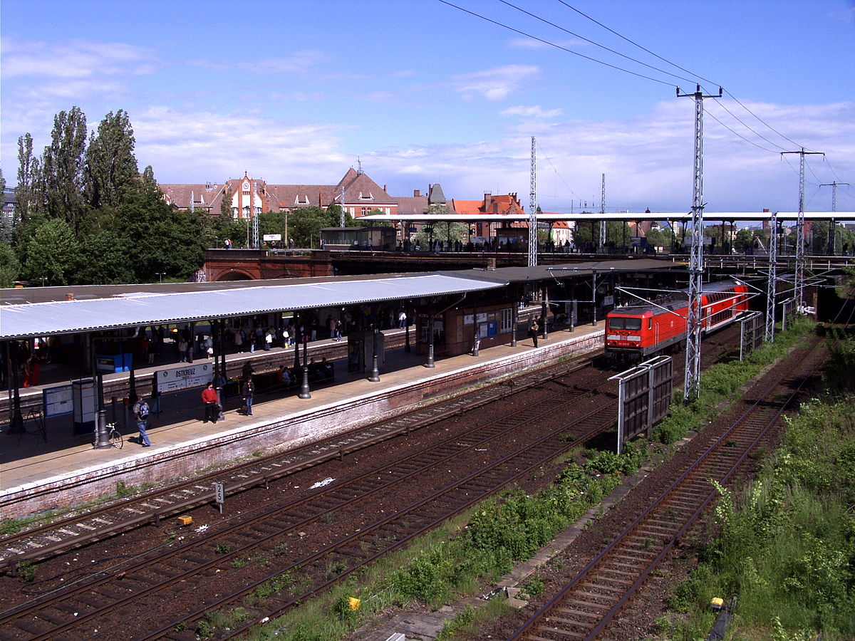Bahnhof Berlin Ostkreuz - Wikimedia Commons