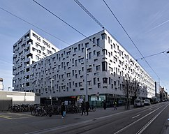 Complejo residencial Südpark, Basiela (2002-2012)