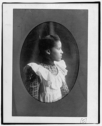 Bazoline Estelle Usher - Image: Bazoline Estelle Usher, Atlanta University student, half length portrait, facing right LCCN98518748
