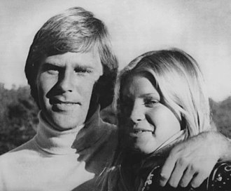 Ben Crenshaw - Ben Crenshaw with wife Polly after winning the 1976 AT&T Pebble Beach Pro-Am