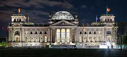 Berlin - Reichstag building at night - 2013.jpg