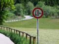 Bild 21 - Verbot der Überschreitung bestimmter Fahrgeschwindigkeiten - hier 40 km, StVO 1956.png