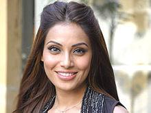Kareena kapoor hot cleavage