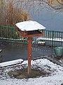 Bird feeder at Mély lake, 2018 Kőbánya.jpg