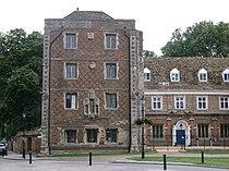 Bishop's Palace, Ely (1).JPG