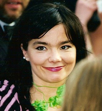 Dancer in the Dark - Björk promoting the film at the 2000 Cannes Film Festival.