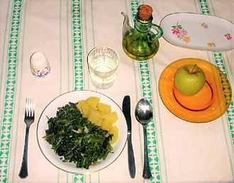 Borage - Aragonese cuisine. Borage boiled and sautéed with garlic, served with potatoes.
