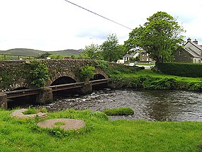 Bridge over the Owenascaul River in Anascaul - geograph.org.uk - 15753.jpg