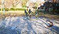 Brunnen laufende Kinder, Aachen.JPG