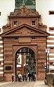 Bundesarchiv B 145 Bild-F079104-0021, Heidelberg, Alte Brücke mit Tor.jpg