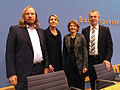 Bundespressekonferenz mit Anton Hofreiter und Simone Peter.jpg