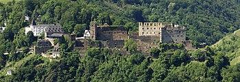 Burg-Rheinfels-JR-E-239-241-2010-06-05.jpg